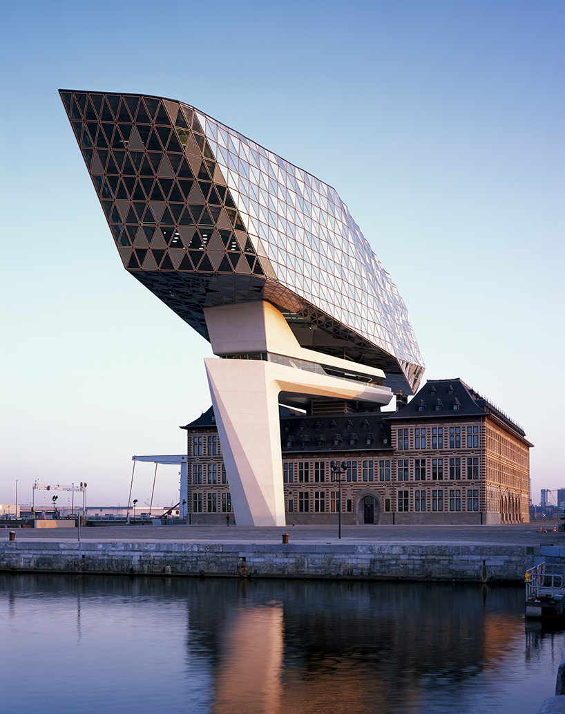 zaha-hadid-architects-port-house-antwerp-belgium-1