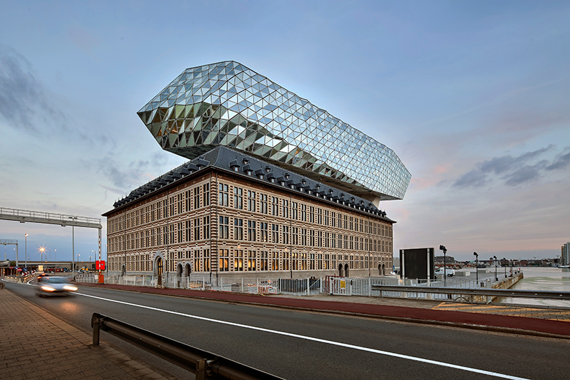 zaha-hadid-architects-port-house-antwerp-belgium-3